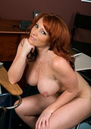 Wife nude busty Free Busty